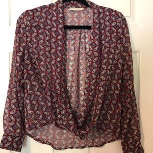 XS Burgundy sheer top with blue pattern